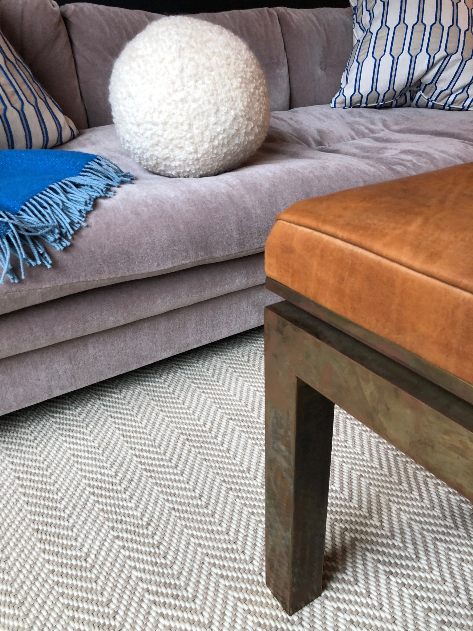 handwoven-rug-by-liz-caan-interior-design-TOWN-Fast-and-Luxurious