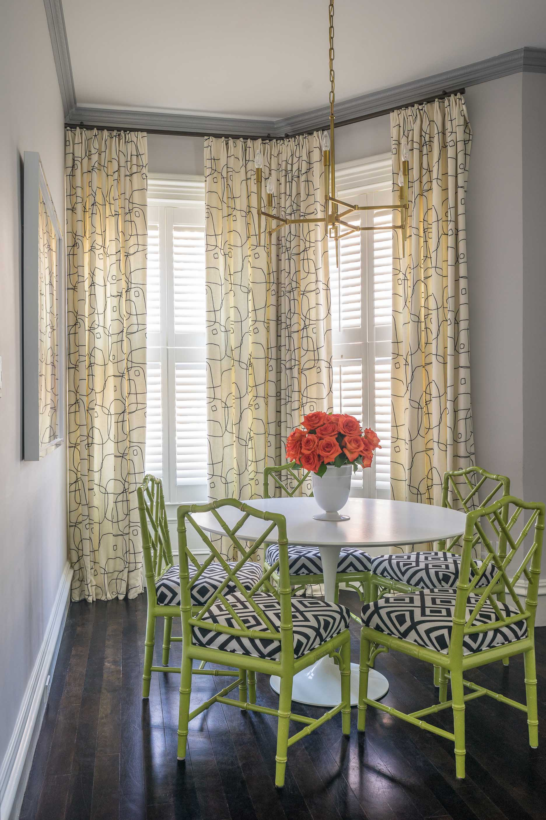 dining-room-by-liz-caan-interior-design-Back-Bay