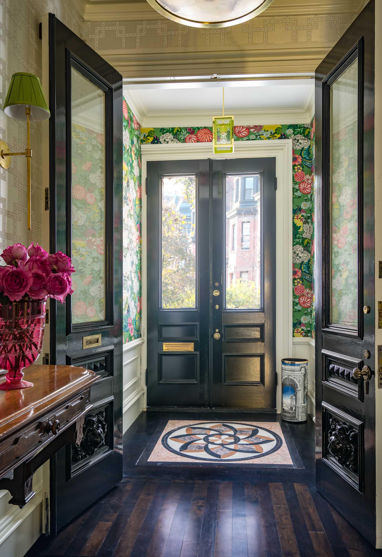 entryway-by-liz-caan-interior-design-Back-Bay