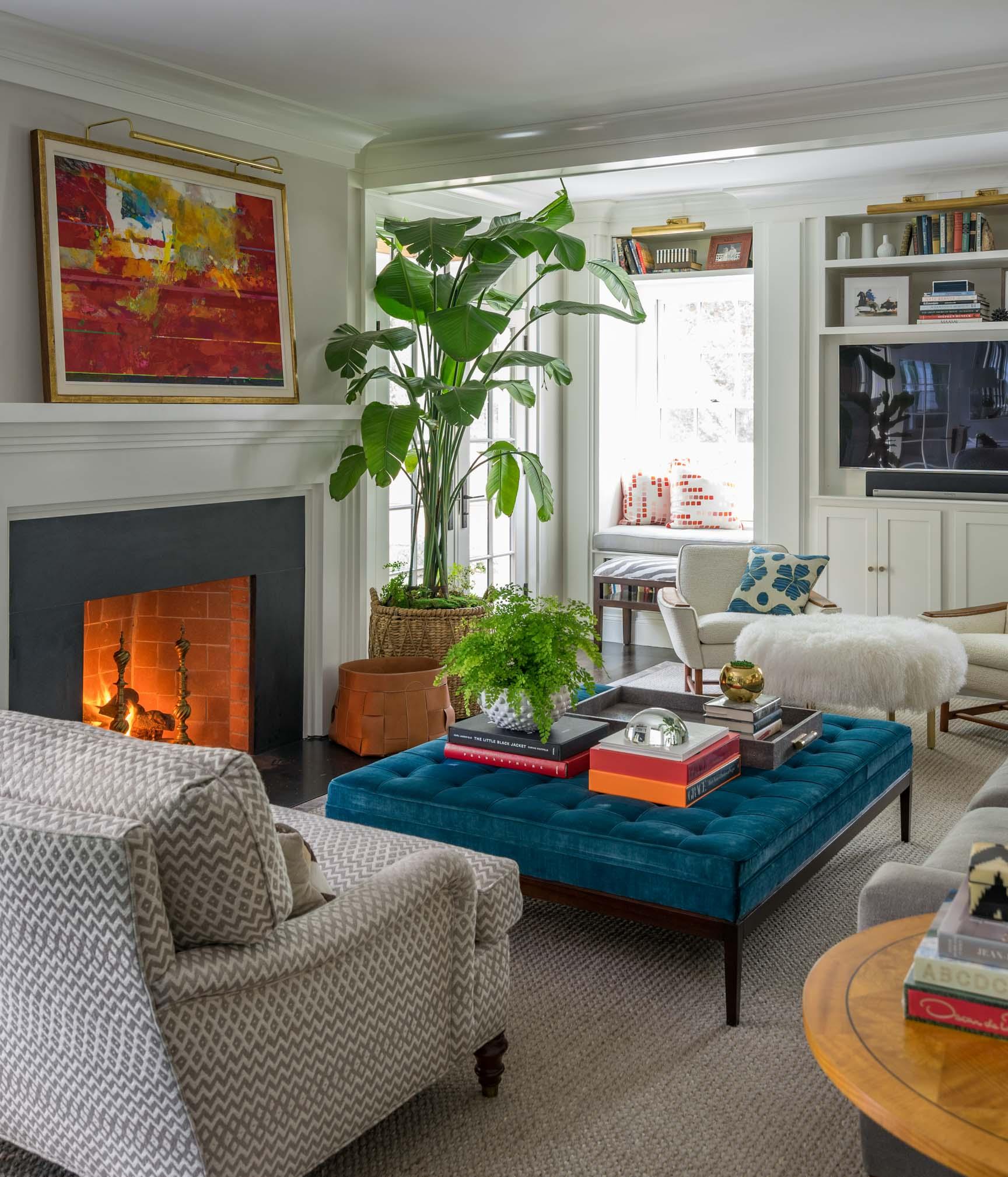 living-room-by-liz-caan-interior-design-Dover Dr-Wellesley