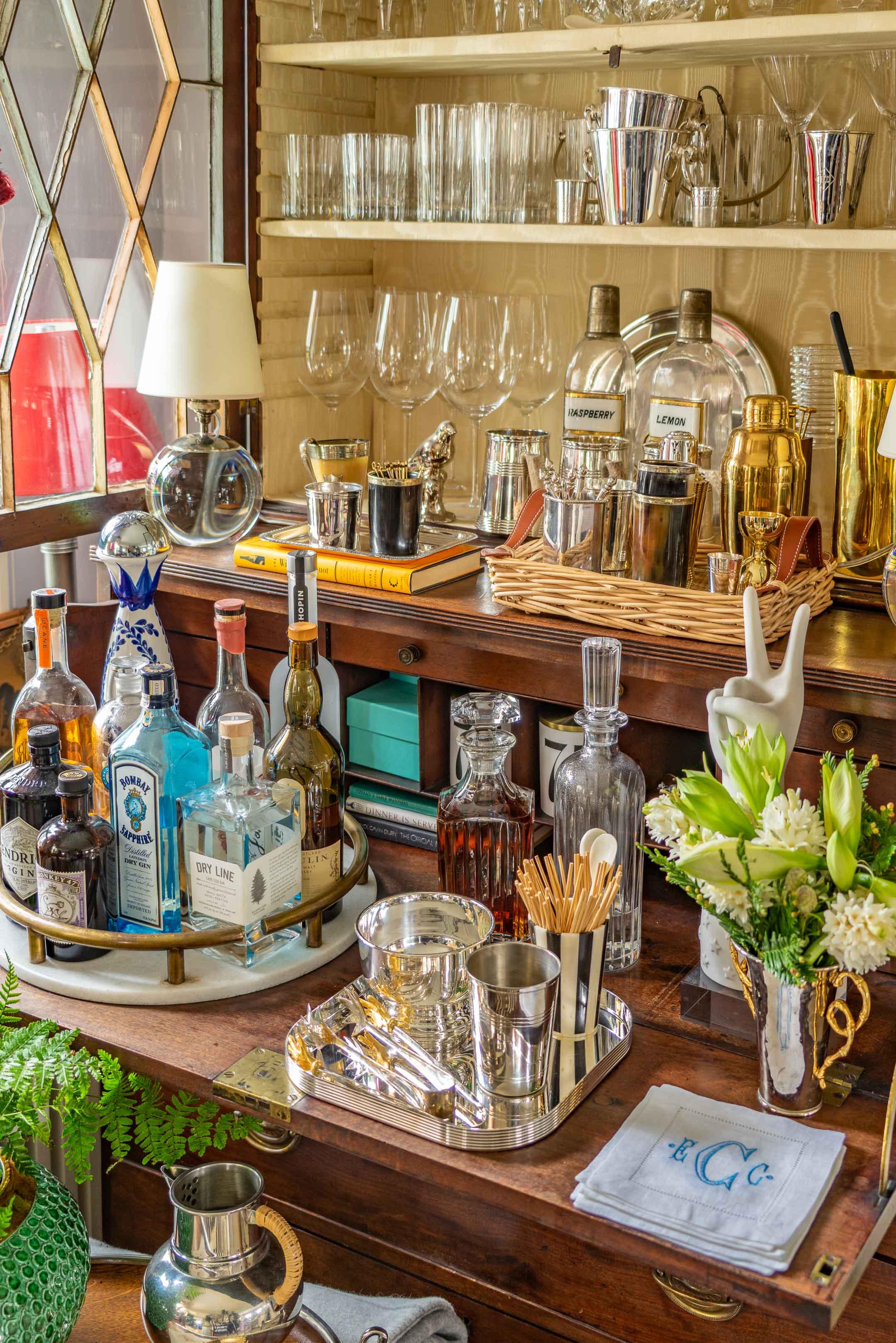 bar-by-liz-caan-interior-design-Acacia-Avenue