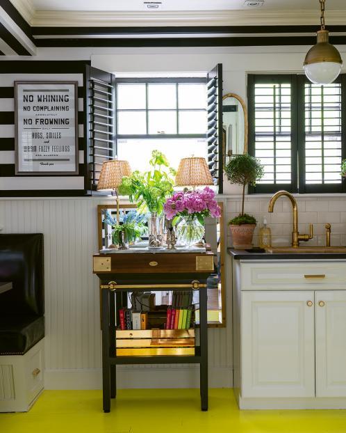 kitchen-by-liz-caan-interior-design-Acacia-Avenue