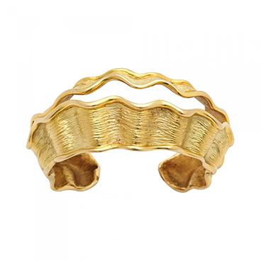 1_Chanel Vintage 18kt Gold Cuff
