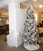 The Gallery at 200 Lex_Holiday Gift Guide_Christmas Tree Thumbnail