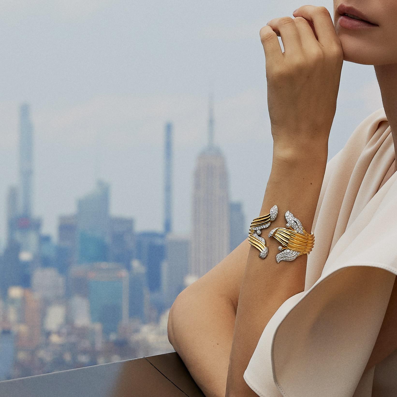 lily bracelet
