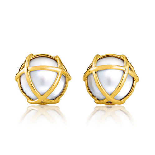 Verdura-Jewelry-Caged-Earclip-Gold-Pearl