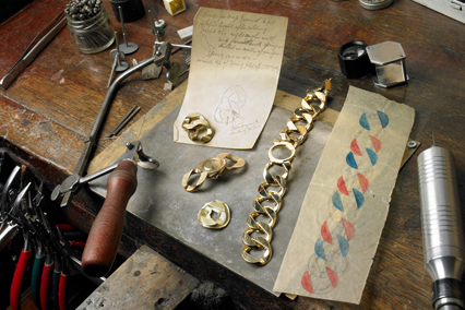 Verdura-Jewelry-Curb-Link-Workshop-Landscape