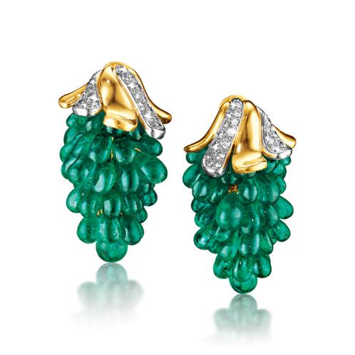 Verdura-Jewelry-Grape-Earclips-Gold-Diamond-Emerald