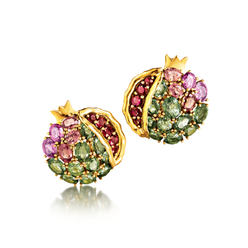 Verdura-Jewelry-Pomegranate-Earclips-Gold-Sapphire-Ruby