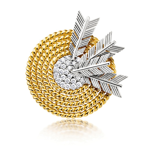 Verdura-Jewelry-Target-Brooch-Gold-Diamond