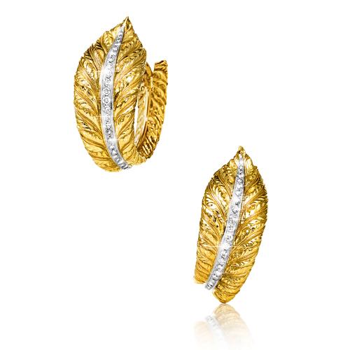 Verdura-Jewelry-Feather-Hoop-Earclips-Gold-Diamond-2006-REV-2018