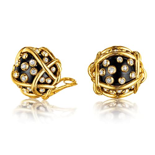 Verdura-Jewelry-Polka-Dot-Earclips-Black-Jade-Diamond-2018