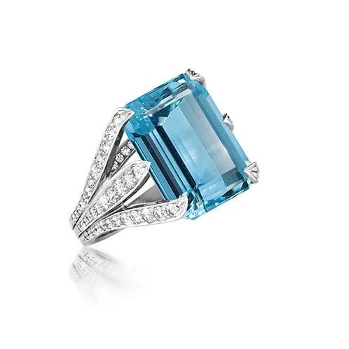 Verdura-Jewelry-Six-Blades-Ring-Aquamarine-Platinum-Diamond-Rotated_498x498_acf_cropped