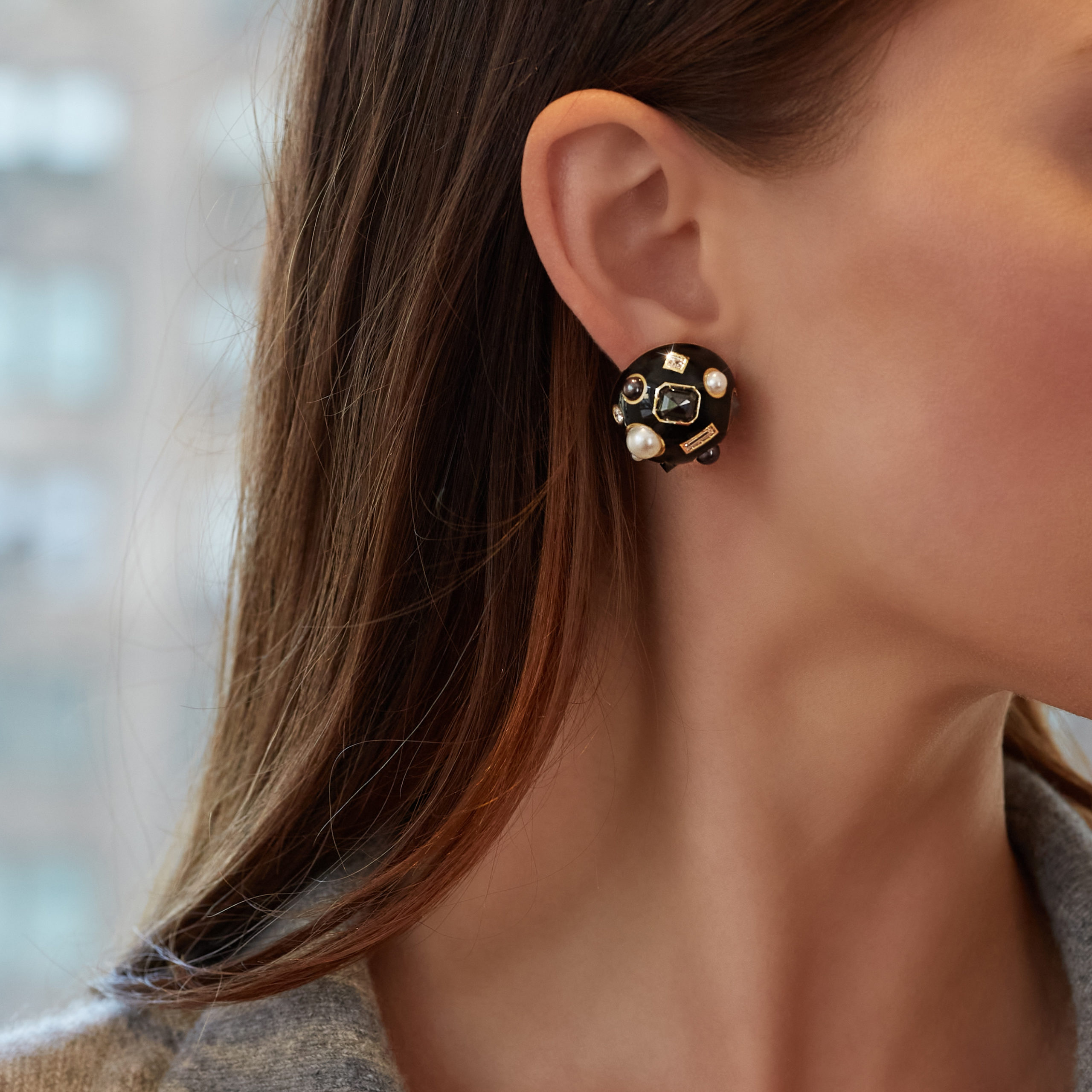 Fulco 80th Earclips in black