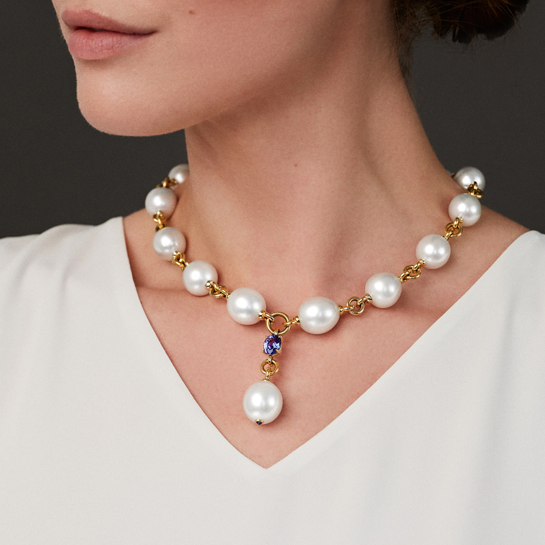 Pearl Y Earclips