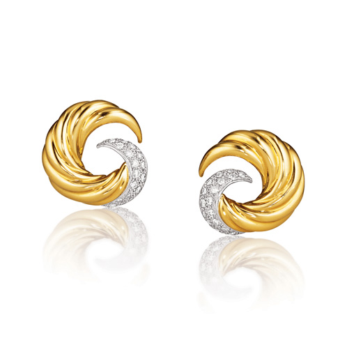 Verdura-Swirl-Earclips-Gold-Diamond-2007