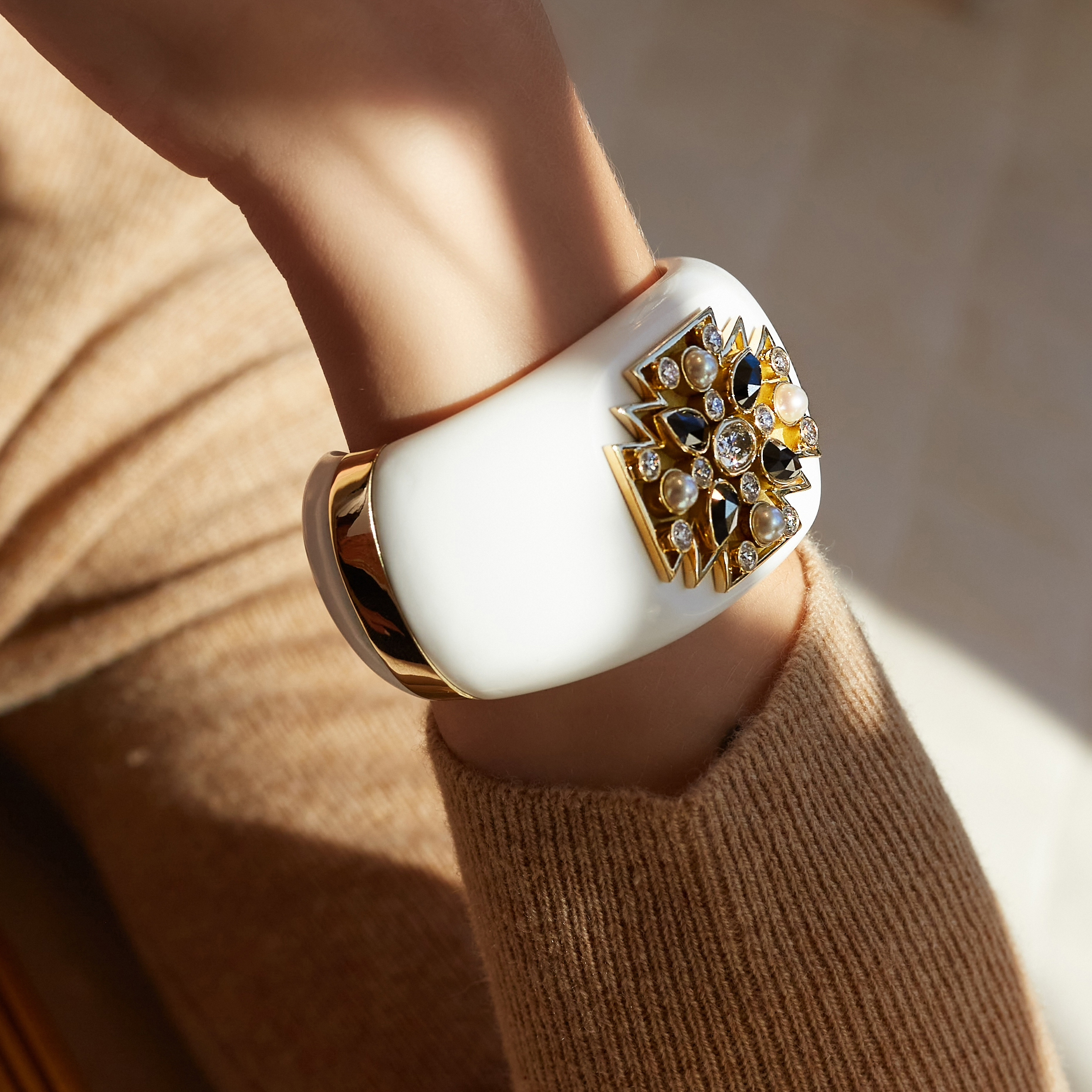 White Stone Maltese Cross Cuff_Model