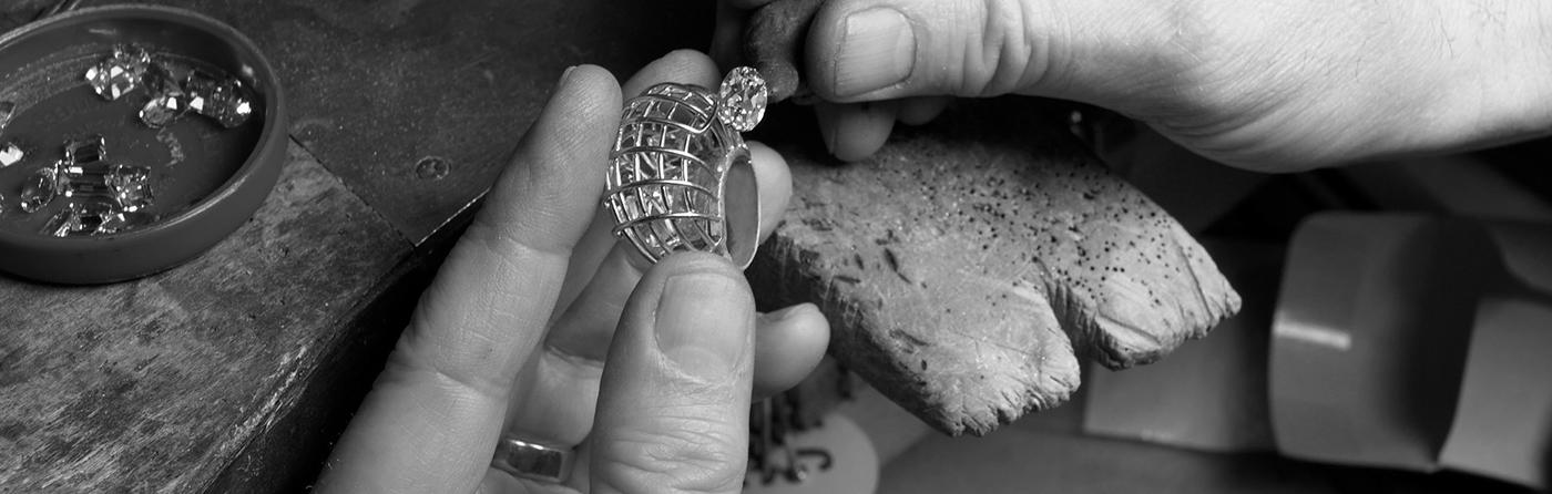caged-ring-workshop-image-1