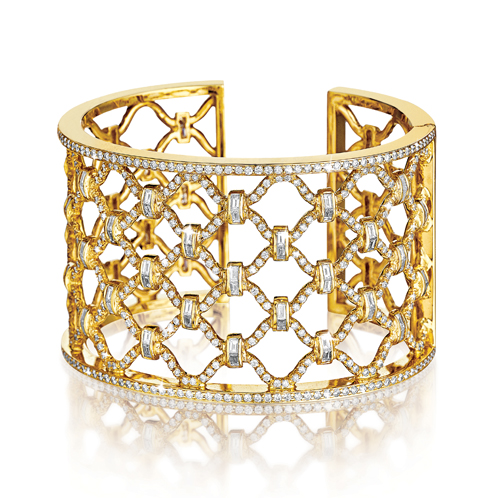 Verdura-Jewelry-Kensington-Cuff-Diamond -Gold
